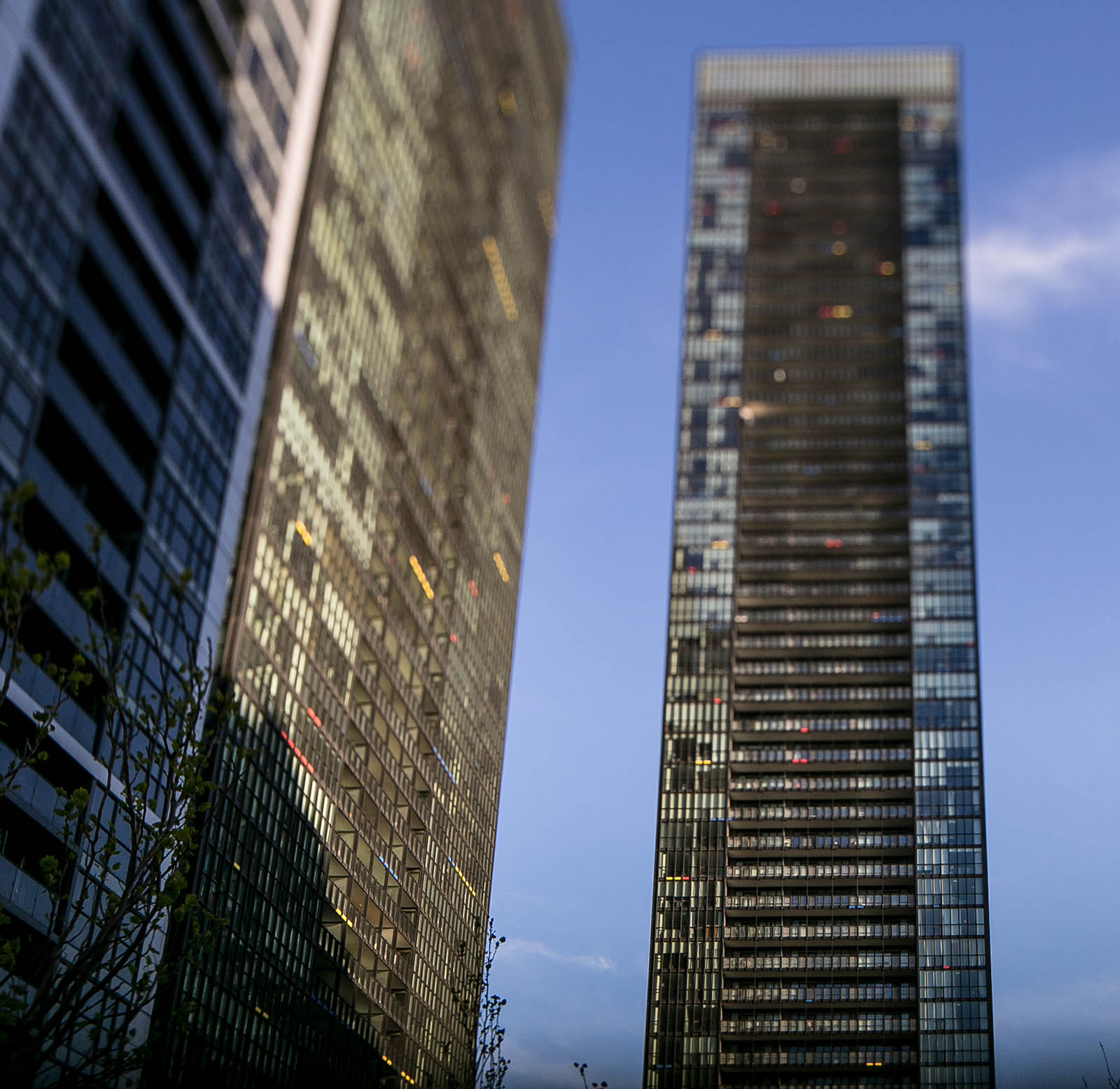 How condo flippers are making a killing in Toronto's hot ...
