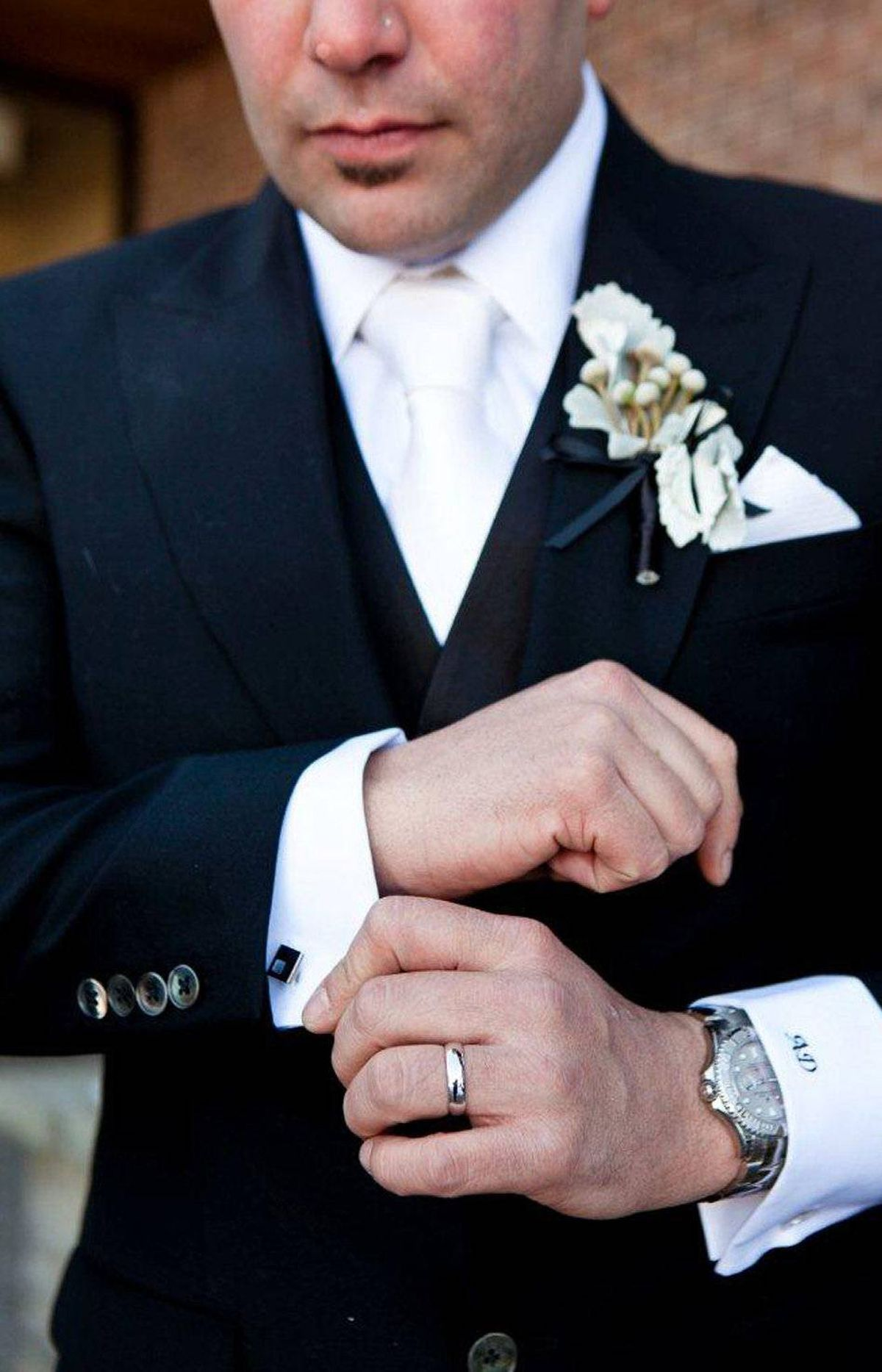 BESPOKE SUITS AND RENTED GOWNS In the past, grooms rented their wedding outfits and brides purchased theirs. Today, though, the practices are being reversed: More and more men are buying custom-made suits for their special day, while thrifty brides are leasing them through salons like Montreal's Oui, Je Le Voeux.