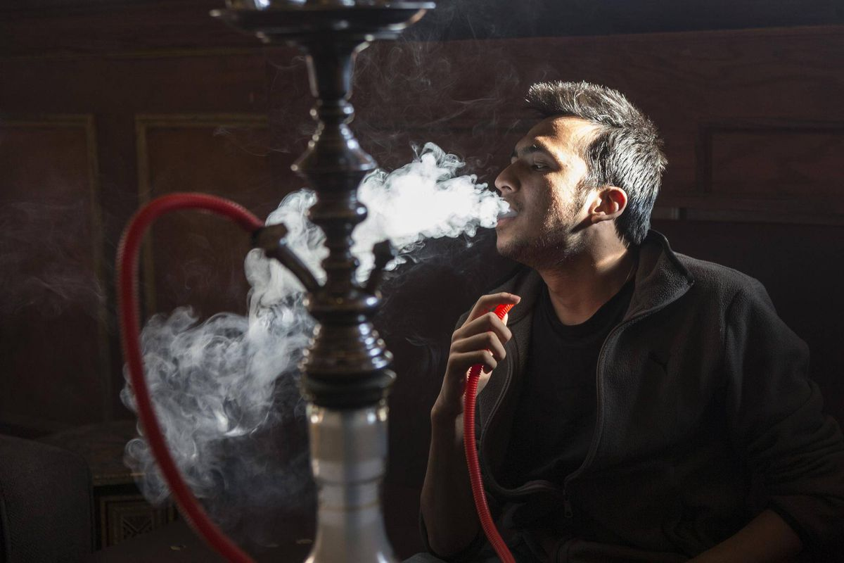 the dangers of hookah smoking