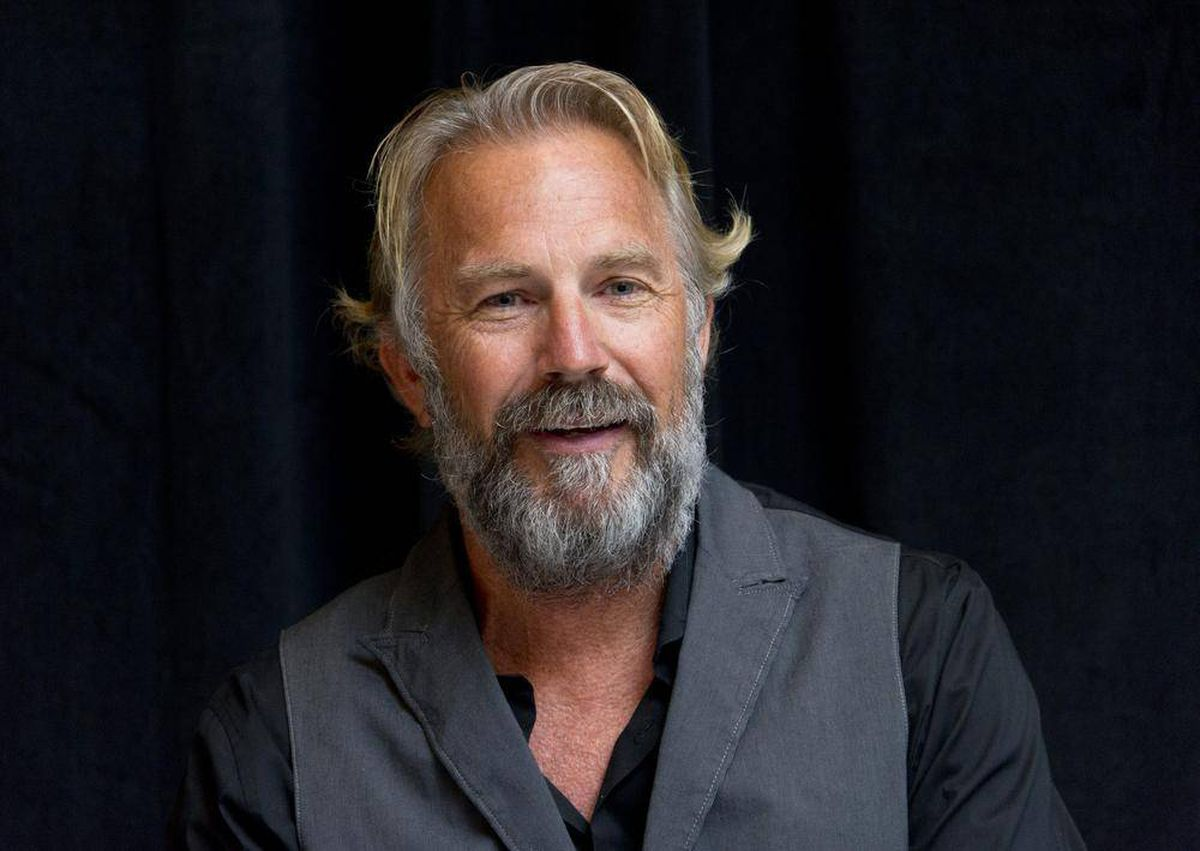 All-American Kevin Costner has 'always been grateful ...