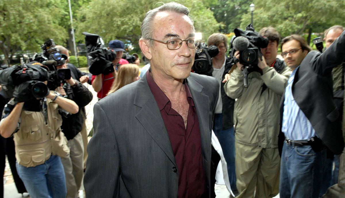 """Steven Truscott arrives at the Ontario Court of Appeal in Toronto, Monday June 19, 2006. Convicted at the age of 14 in 1959 in the murder of his 12-year-old schoolmate Lynne Harper, he spent a decade in prison before being released on parole. Journalist Ron Haggart, who was at the Kingston Penitentiary to cover a riot in 1971 spoke to guards about Mr. Truscott. """"They all thought he was the nicest kid they had ever met. And they all believed he was innocent."""" His conviction was quashed in 2007."""