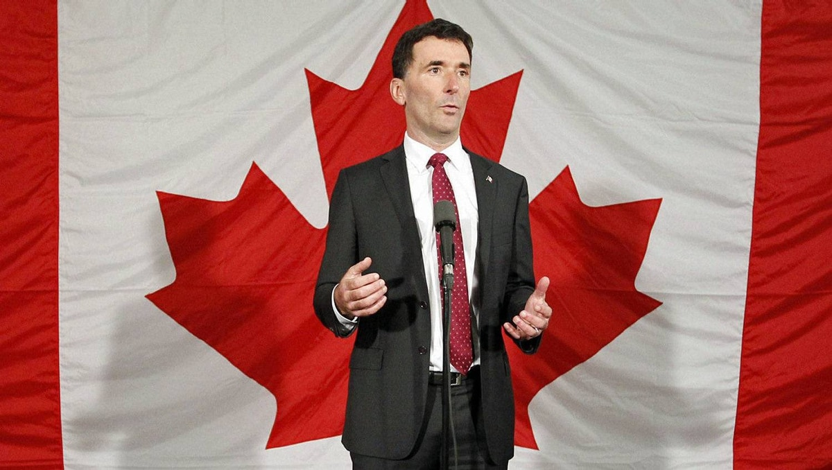 Ottawa MP Paul Dewar announces his candidacy for the NDP leadership on Oct. 2, 2011.