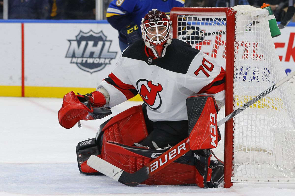 Vancouver Canucks acquire goalie Louis Domingue in deal with Devils