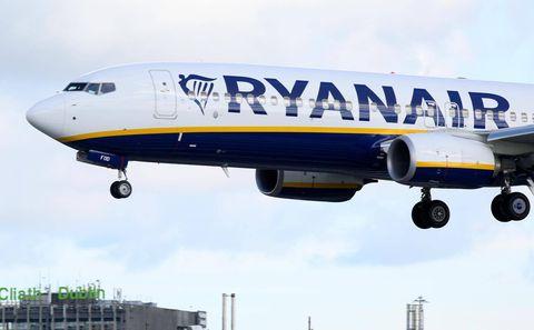 Portugal-based Ryanair pilots threaten pre-Christmas strike