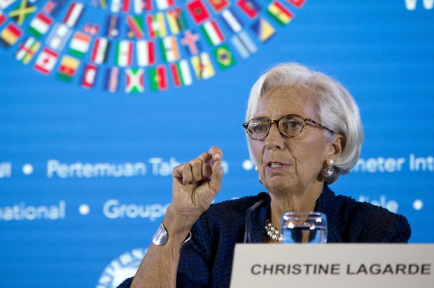 China trade war and Brexit threaten global growth says International Monetary Fund