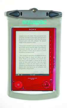 A dry read Named after a river in New Zealand, the Aquapac Whanganui Electronics Case is designed to protect digital libraries from the soggiest of conditions. Get drenched by a wave or dunked in the lake and the waterproof e-reader cover will keep moisture, sand and salt out. It can also be submerged 5 metres underwater for up to half an hour without ruining your read. $31 (20 British pounds; Aquapac ships to Canada), aquapac.net