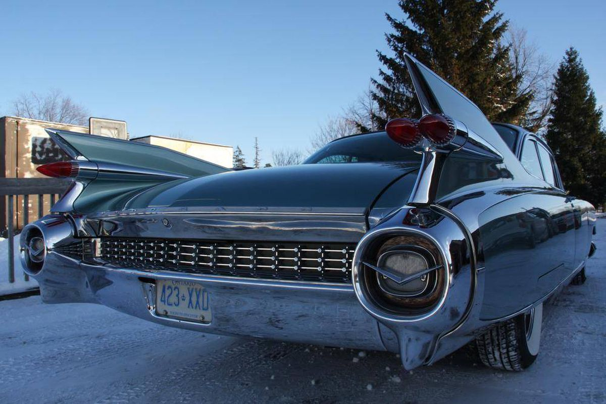 Restoring And Driving A 1959 Cadillac That Is Too Big For A Parking
