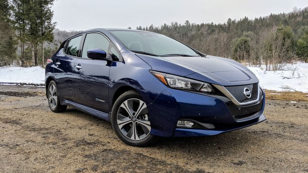 Review 2018 Nissan Leafs Self Driving Features Make For A Relaxed