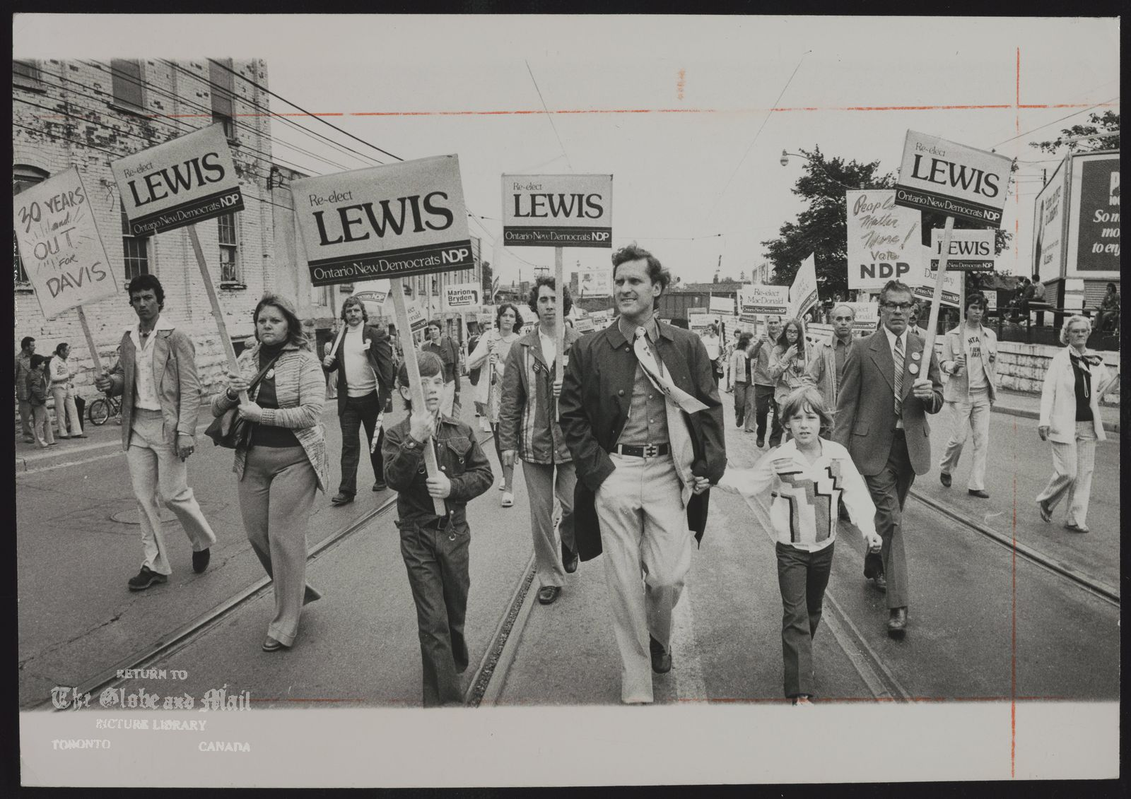 Stephen LEWIS Toronto. Politician NDP Leader Stephen Lewis was among Metro area candidates who marched in the Toronto Labor Day parade to CNE.