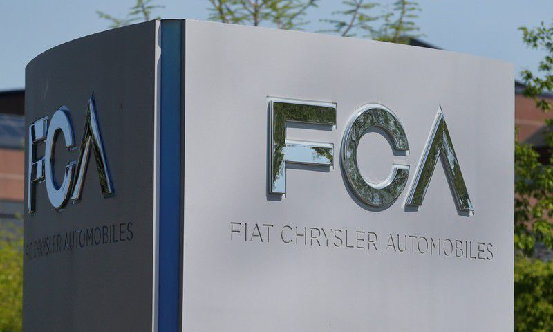 Fiat Chrysler in talks to form ties with Renault: source