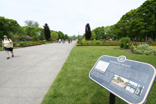 Island fantasy or mad scheme? What to do with the Toronto Islands