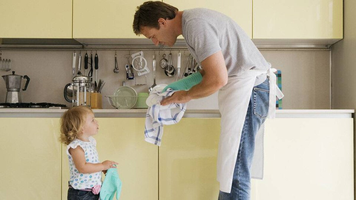 Stay-at-home dads are both at greater risk of being left by their wives and of filing for divorce themselves, according to a new study.