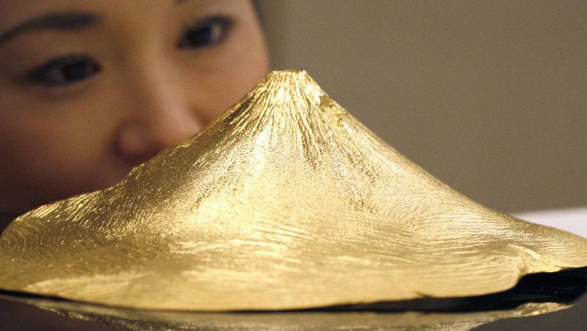 Solid gold in the shape of Japan's Mount Fuji