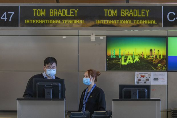 U.S. airlines extend China flight cancellations into late April