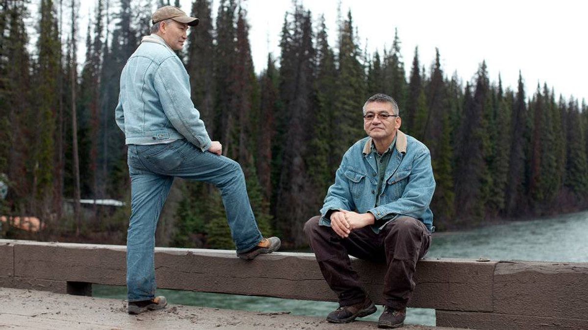Mike Risdale, (left) with his brother John, is convinced the Gateway pipeline will leak, a conviction cemented this summer when first the BP Gulf spill renewed fears about the dangers of oil, and then Enbridge itself suffered two major pipeline ruptures on its existing crude network in the U.S.