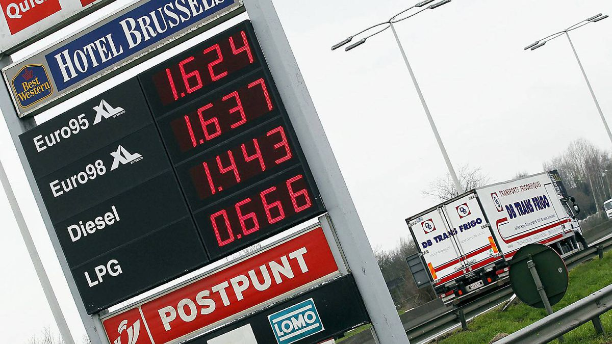 A fuel station in Brussels, after petrol prices at the pump rose to historical levels on March 9, 2011.