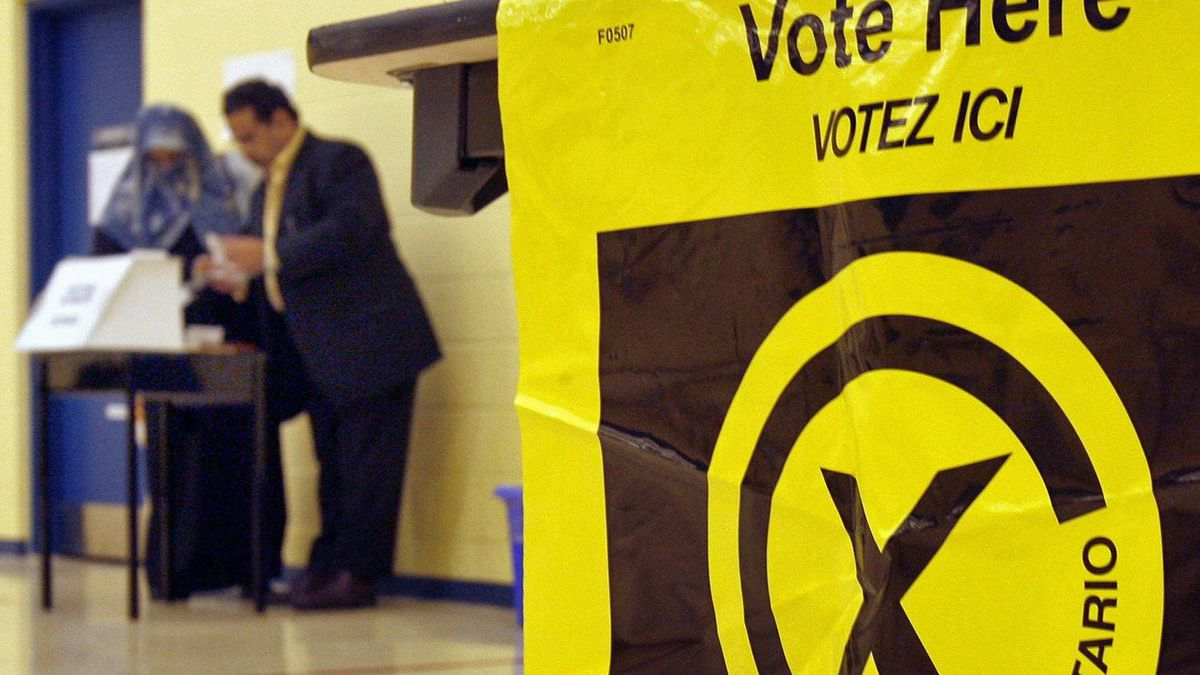 Voters cast their ballots in the Ontario provincial election at a Mississauga polling station on Oct. 10, 2007.