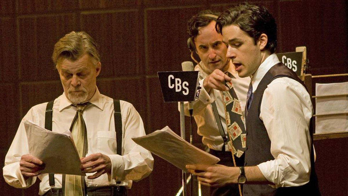 Nicholas Campbell, Don McKellar and Marc Bendavid in War of the Worlds