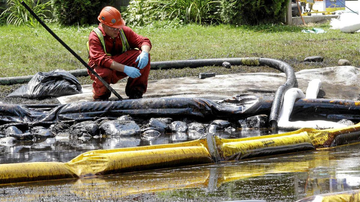 Water in Talmadge Creek in Marshall Township, Mich., near the Kalamazoo River, is monitored after 20,000 barrels oil from a ruptured pipeline, owned by Enbridge Inc., spilled into the river's watershed.