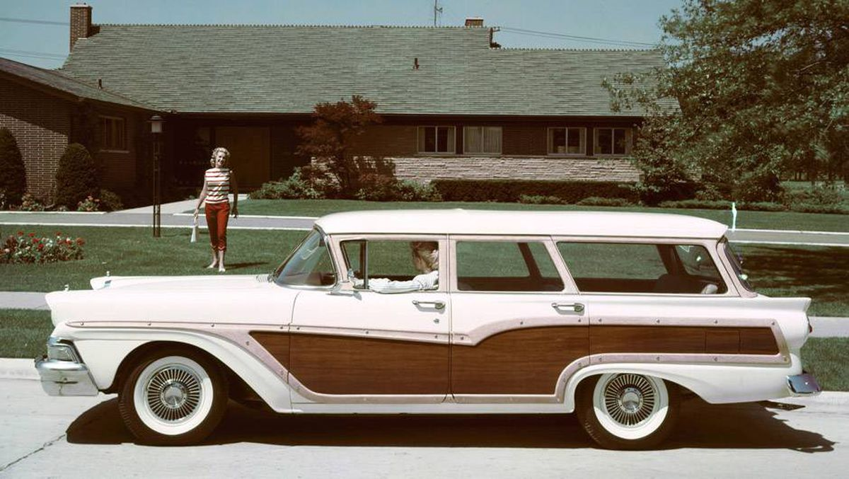 In Pictures A Look Back At Classic Station Wagons The Globe And Mail 1966 Chevy Caprice Wagon Open This Photo Gallery