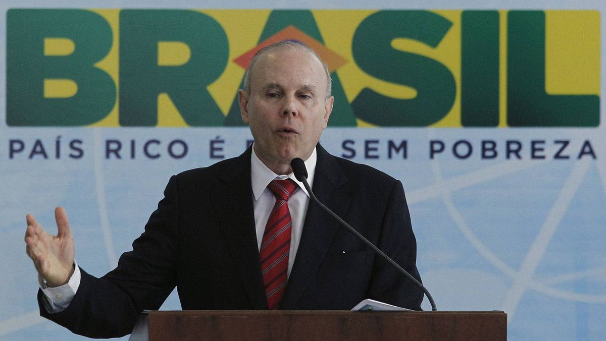 Brazil's Finance Minister Guido Mantega said the government will cut payroll taxes in efforts to spur hiring in sectors ranging from textiles and plastics to the automotive industry.