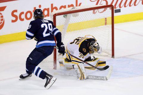 National Hockey League roundup: Jets shoot past Bruins, 5-4