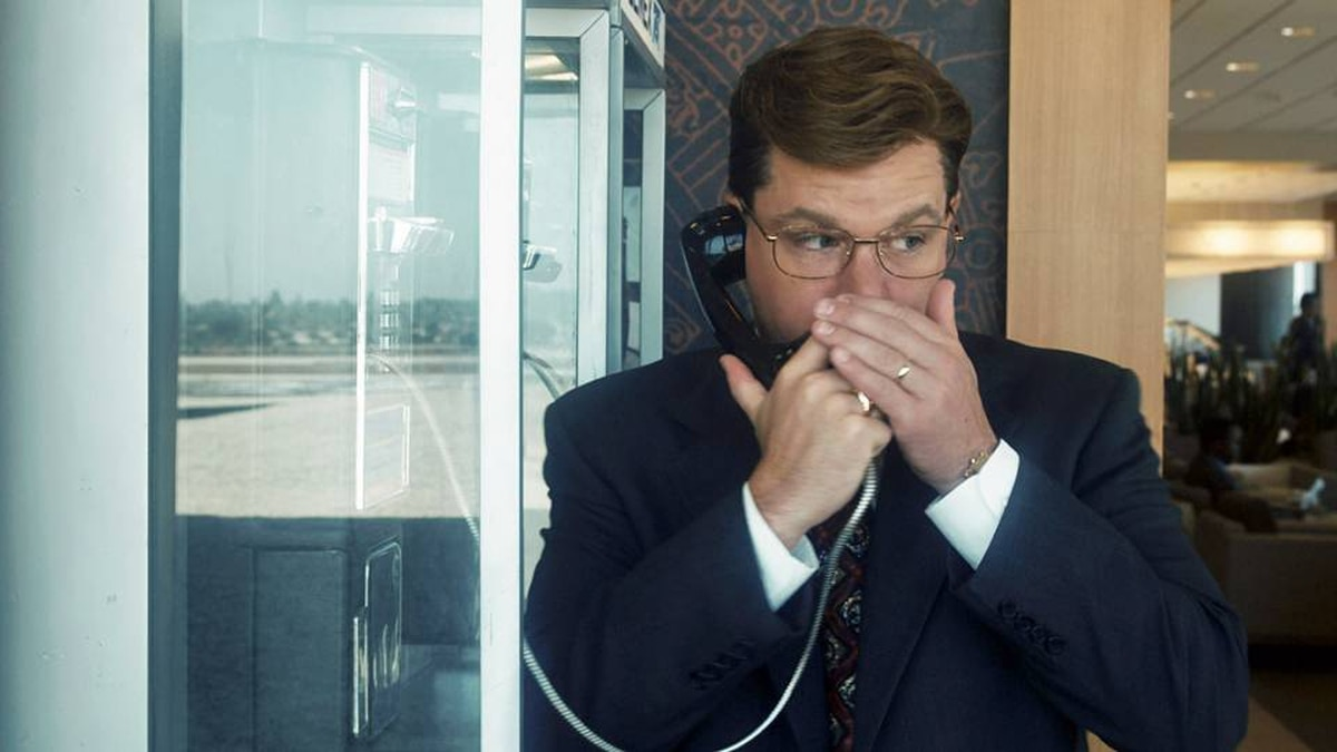 Mark Whitacre (Matt Damon) is a delusional, puffed-up corporate snitch who helps the FBI prosecute a massive price-fixing case in Steven Soderbergh's The Informant!