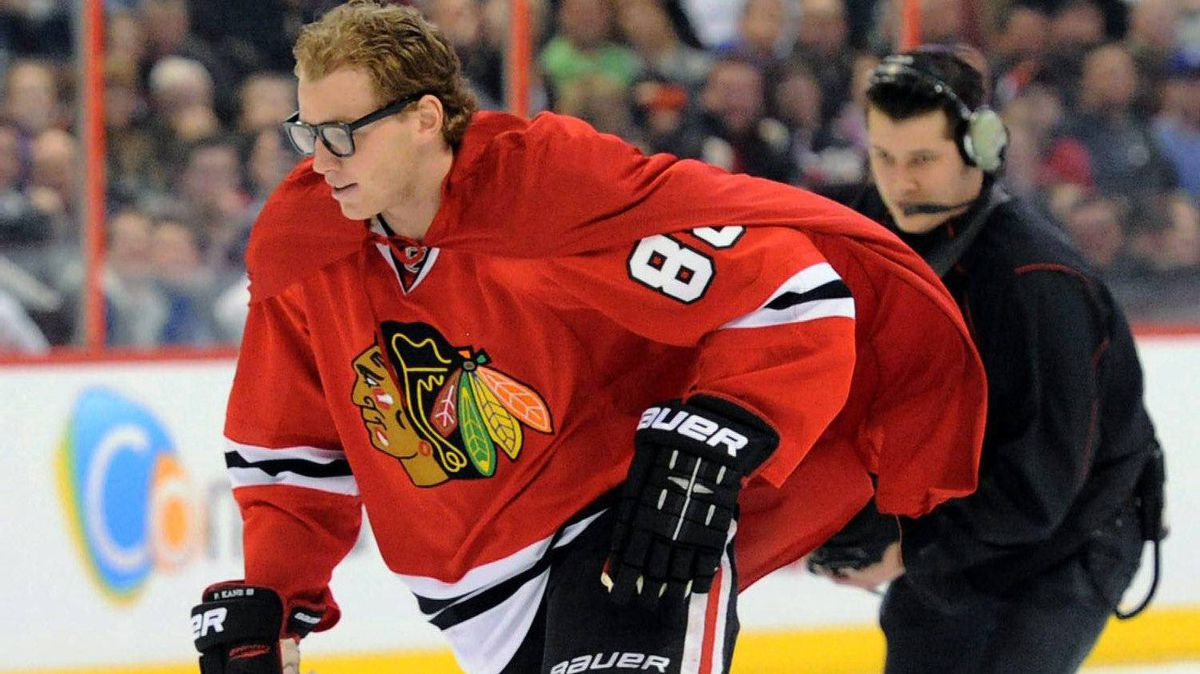 Patrick Kane, of the Chicago Blackhawks, wears a Superman cape as he takes part in the Breakaway Challenge during the NHL All-Star skills competition in Ottawa on Saturday, January 28, 2012. THE CANADIAN PRESS/Sean Kilpatrick