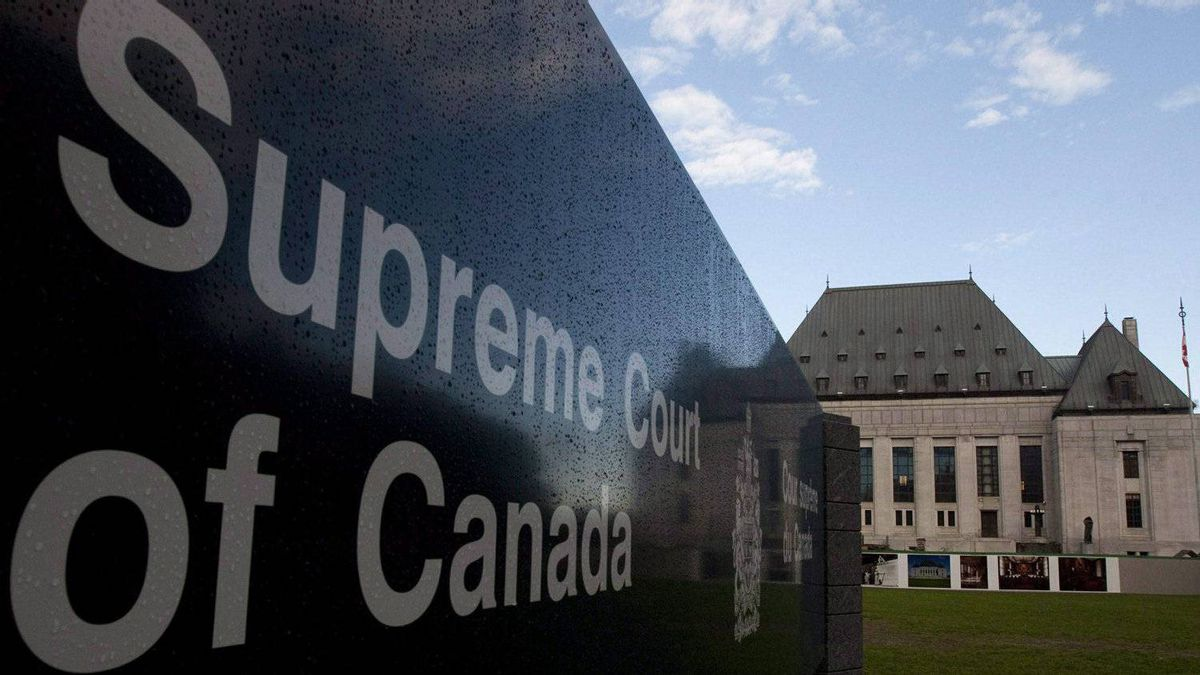The Supreme Court of Canada in Ottawa is seen Thursday Oct. 7, 2010.