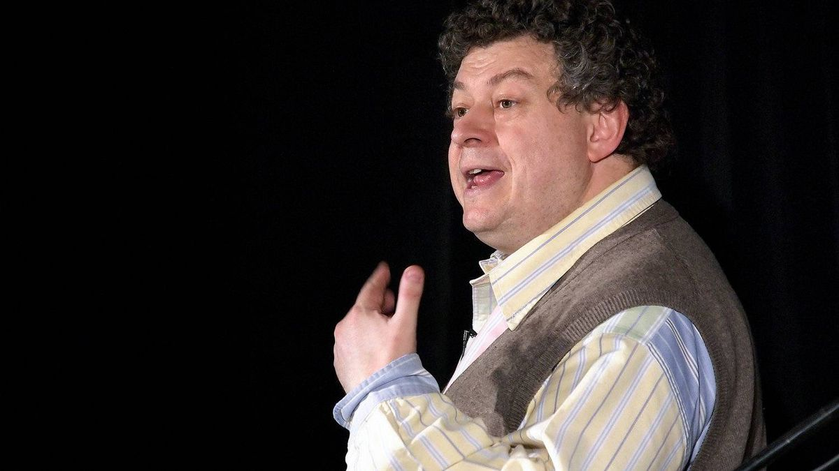 Ogilvy vice-chairman Rory Sutherland Rory Sutherland argues that marketers should appeal less to logic and more to the instinctive part of the brain.
