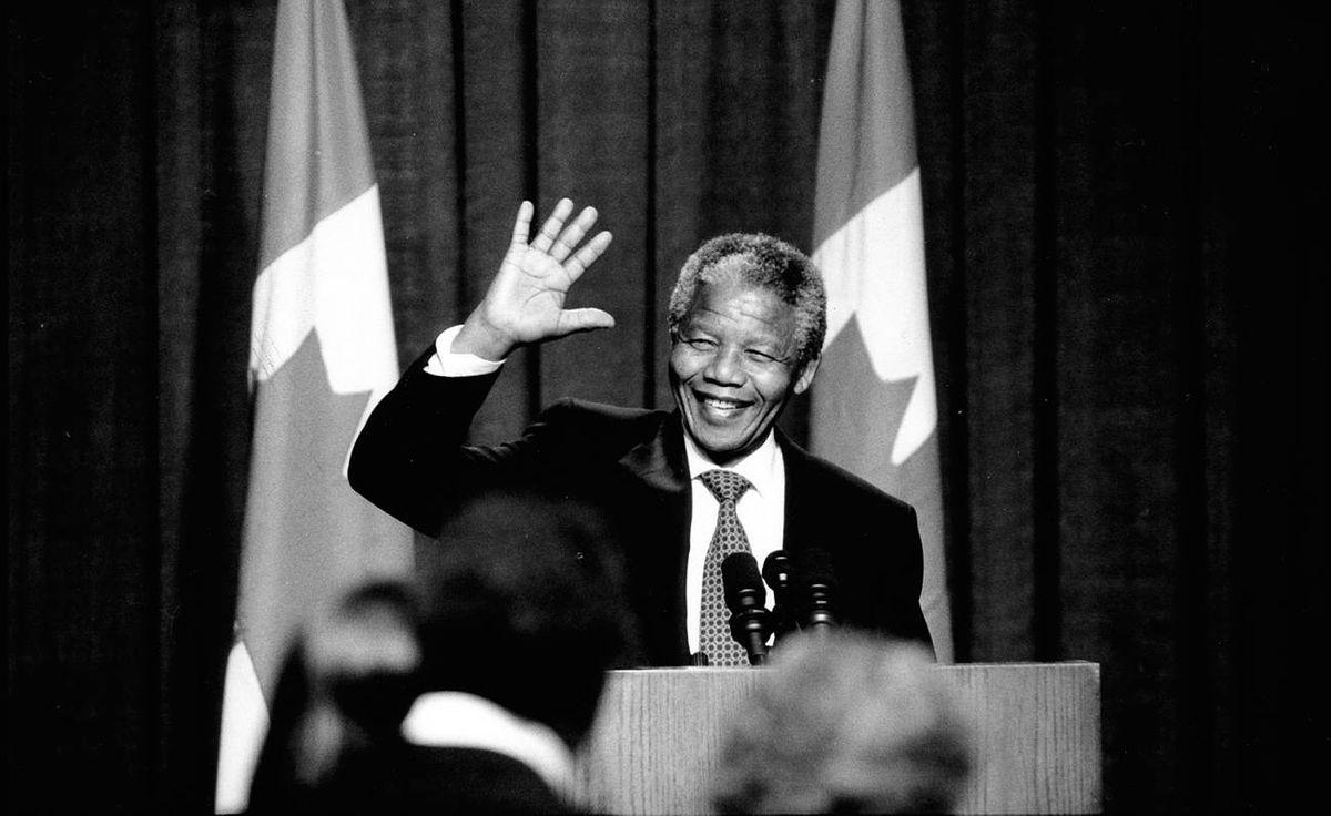 Nelson Mandela at a state dinner during his visit to Toronto June 18, 1990.
