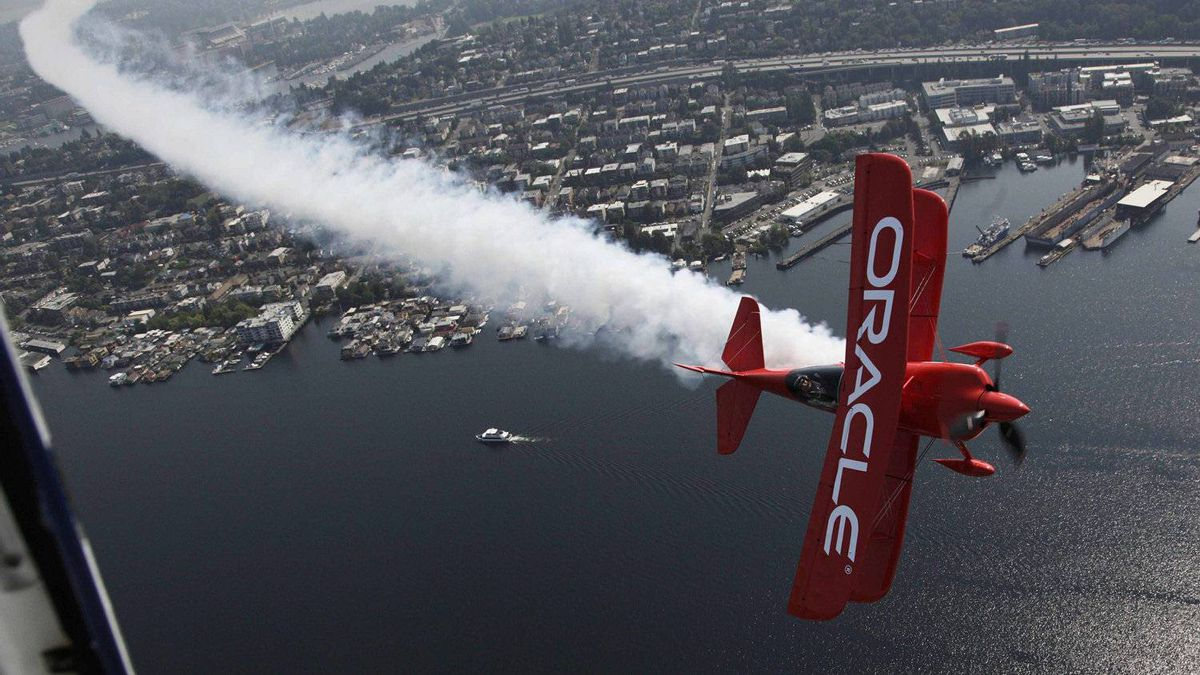 Oracle results beat Street forecasts