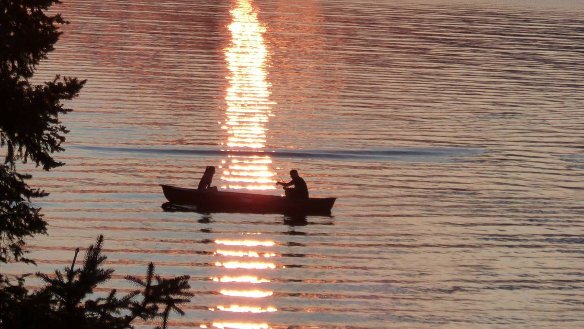 Canoeing at sunset: Pamela Garcia sent us this photo taken on an evening at Wolfe Springs