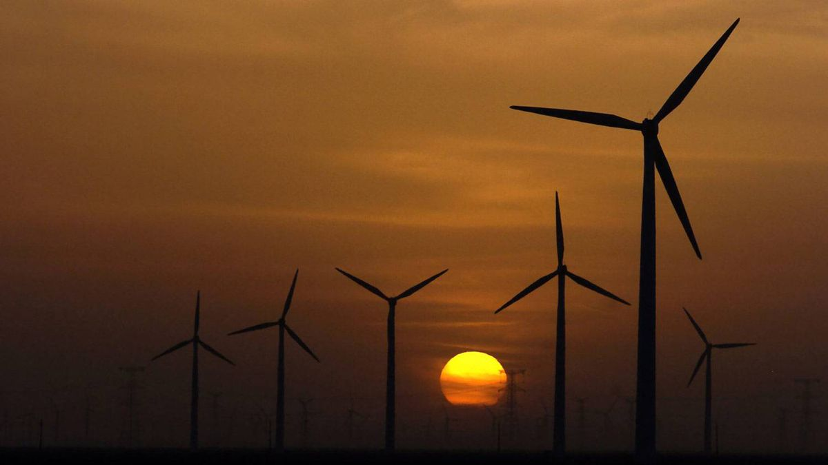 This May 15, 2011, photo shows wind farms of China Power International New Energy Holding Ltd. in Guazhou County of Jiuquan city, northwest China's Gansu Province.