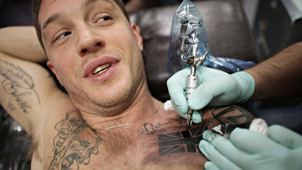British actor Tom Hardy gets tattooed at Dark Day Studios in Vancouver this week.