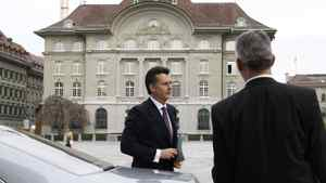 Philipp Hildebrand stepped down Monday from his post as Swiss National Bank chief after he was unable to prove he did not know that his wife bought some $500,000 in U.S. dollars a few weeks before the SNB decided to set a cap on the Swiss franc.