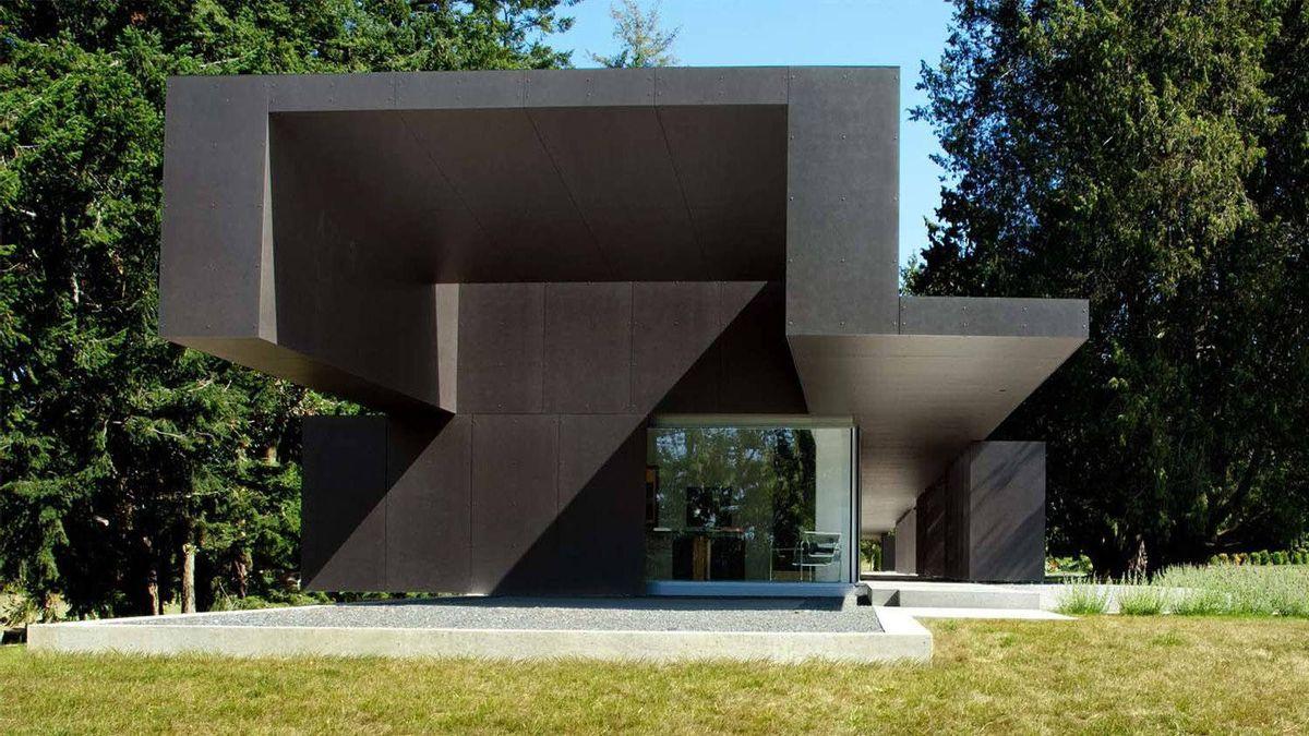 Linear House on Saltspring Island, B.C.; Patkau Architects
