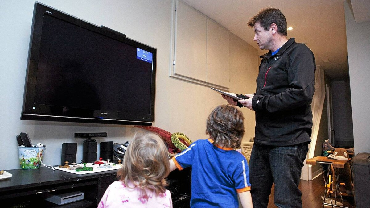 Mike Halminen's family cancelled their cable subscription and began using a digital antenna.