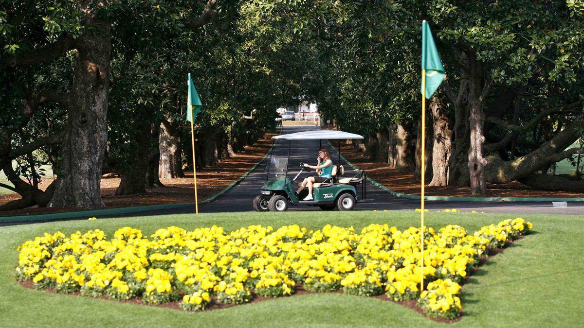 Magnolia Lane at Augusta National Golf Course
