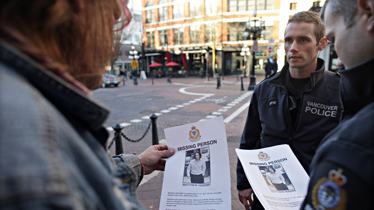 Vancouver Police canvas the Downtown Eastside for information relating to the disappearance of 25-year-old Matthew Huszar on Dec. 22, 2011.