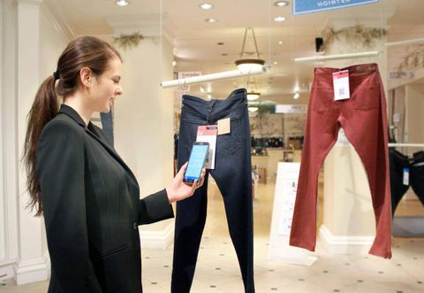 New app to shop by camera phone has sci-fi appeal
