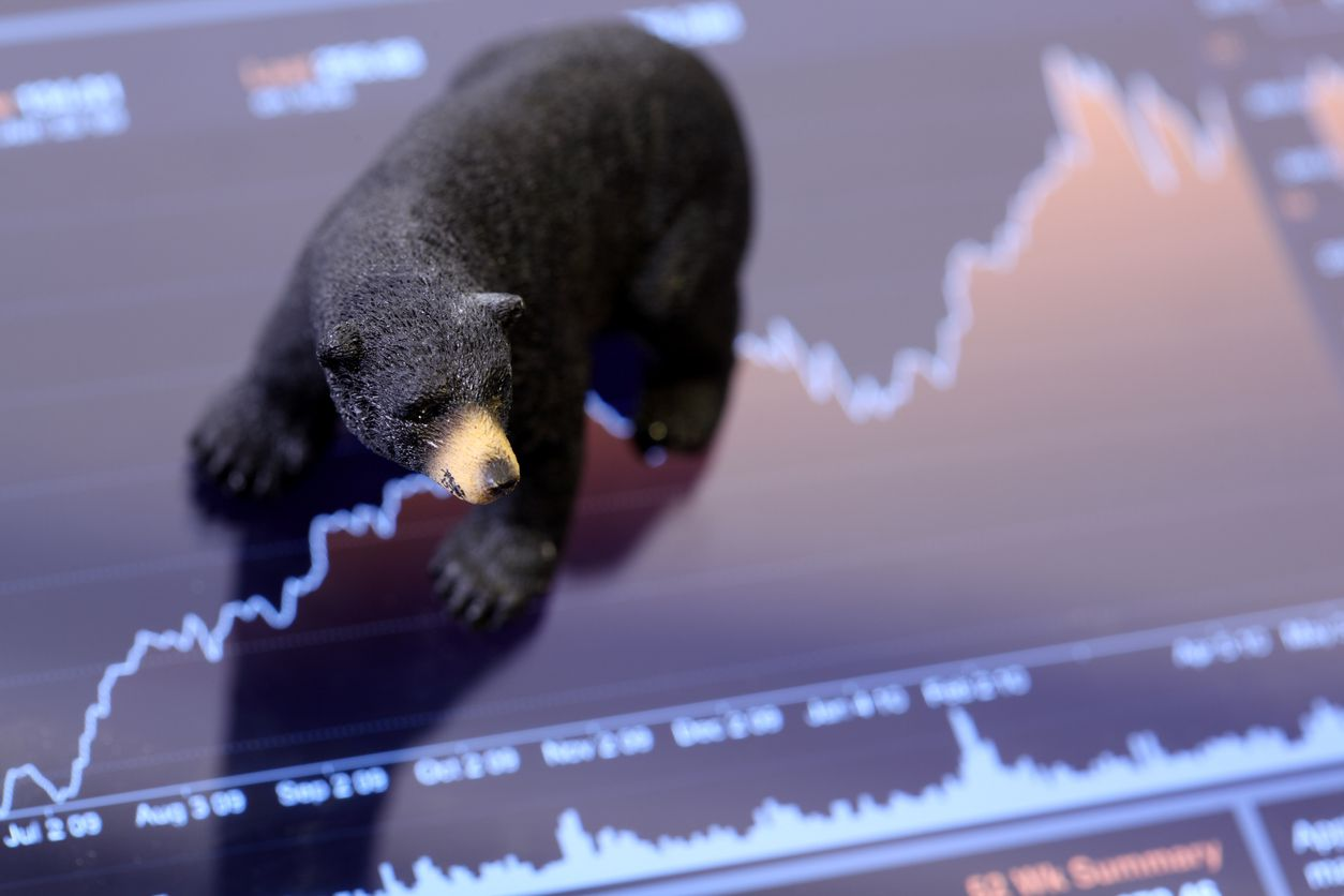 Why it's dumb to be a permabear, Nutrien may be a buy, and the truth about global stock market diversification