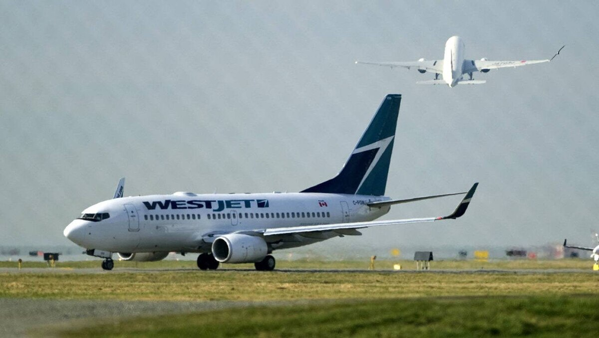 A West Jet Boeing 737-700 aircraft departs Vancouver International Airport in Richmond, British Columbia February 9, 2011.