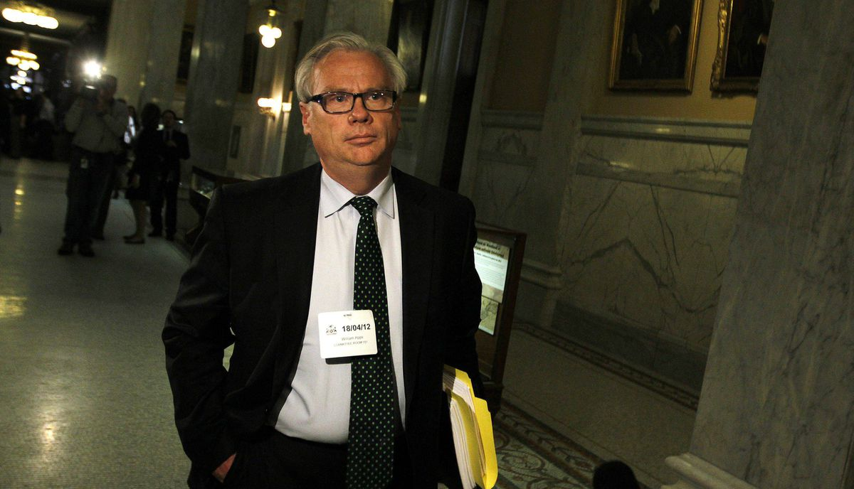 Former Liberal Party President and ORNGE counsel Alf Apps walks in a Queen's Park corridor after testifying about his involvement in ORNGE companies. Toronto, April 18, 2012,