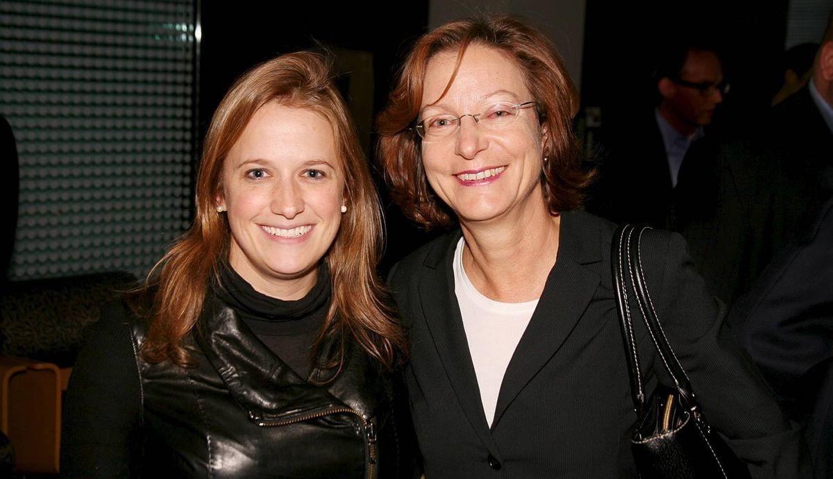 Alison Loat (Director of Samara), Smadar Peretz (Director at Munk School of Global Affairs)