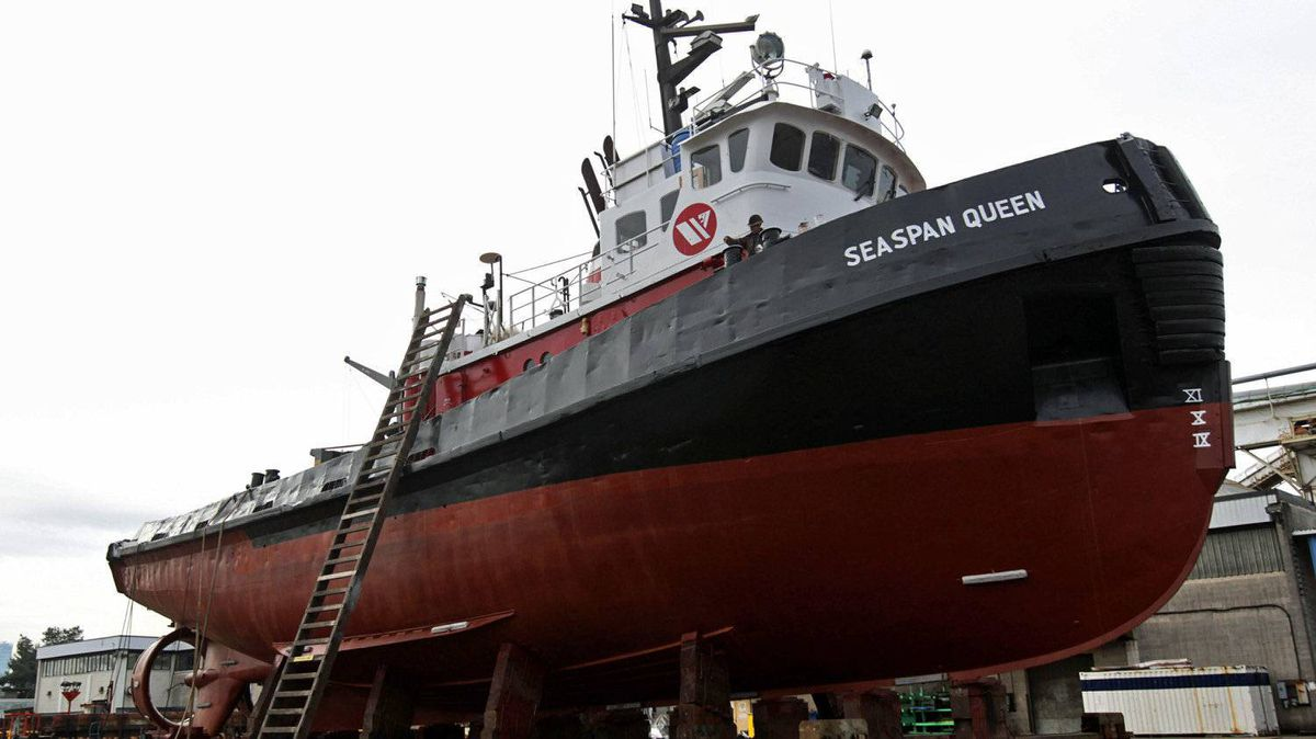 A tugboat undergoes maintenance at Vancouver's Seaspan yard on Feb. 2, 2011.