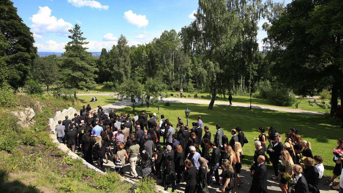 Mourners attend the funeral of Bano Abobakar Rashid, 18, the first victim of the shooting rampage at Utoya to be buried, at a church in Nesodden, near Oslo, Norway, Friday July 29, 2011.