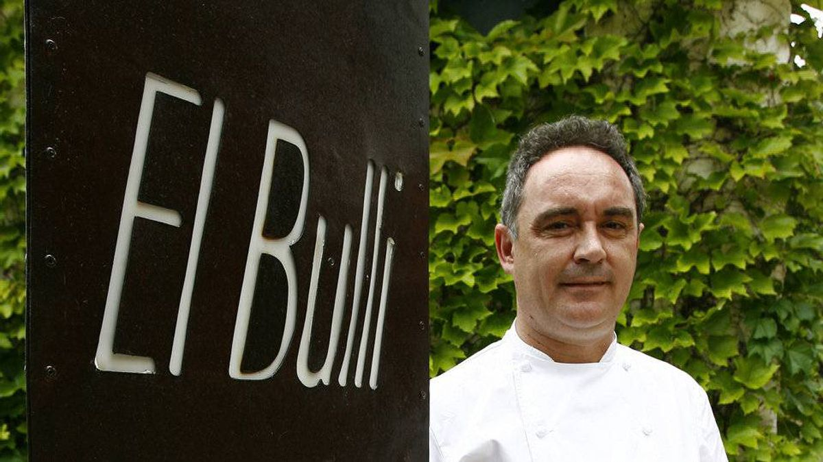 Spanish chef Ferran Adria at his El Bulli restaurant in Roses, northern Spain, June 16, 2007. The restaurant, repeatedly crowned the world's best, will close on July 30, 2011.
