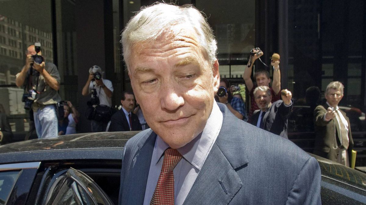 Conrad Black leaves after his bail hearing at Federal Court Friday July 23, 2010, in Chicago.