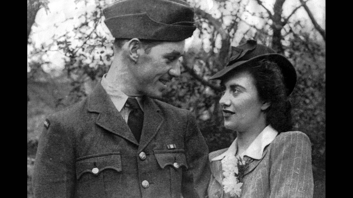 Ada Grier photo: In Love - My brother Roy and his pretty warbride Edna. Photo taken, 1945 in London, England. Edna, in her 90th year, has graciously given permission to submit. Roy has passed away.
